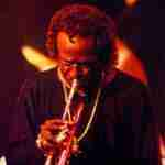 Escuchando The Voodoo Down de Miles Davis
