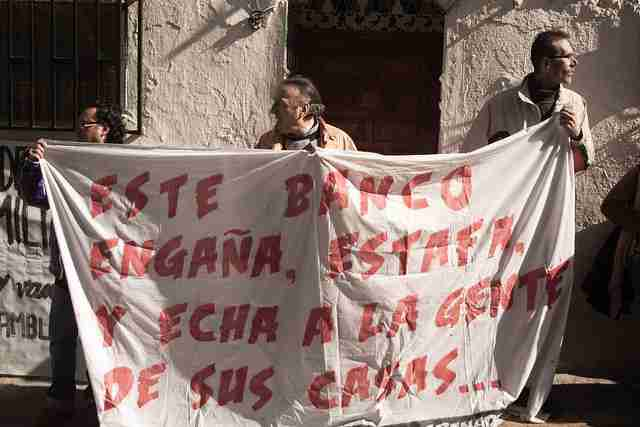 Manifestaciones que acaban en el calabozo-stopdesahucios