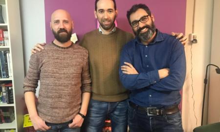 Javier Gilabert, Gerardo Rodríguez y Fernando Jaén han coordinado 'Versos al amor de la lumbre'. Foto de Fernando Agustín Medina Molina.