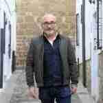 Luis Foronda: «Los libros son las mejores herramientas para abrirnos el corazón y la mente»