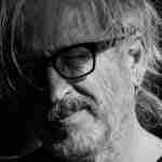 Miguel Ángel Arcas: «Escribir es un acto de ficción que crea una nueva realidad»